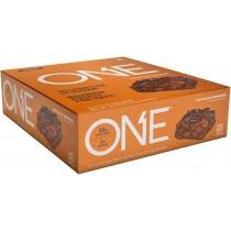 ONE® Baton Proteic, cu Aroma de Prajitura cu Ciocolata, 60g