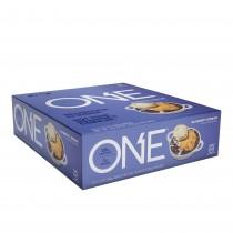 ONE® Baton Proteic, cu Aroma de Prajitura cu Afine, 60g